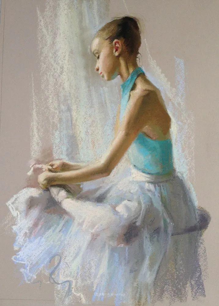 她的色粉芭蕾,舞姿律动,身姿瘦削!插图91