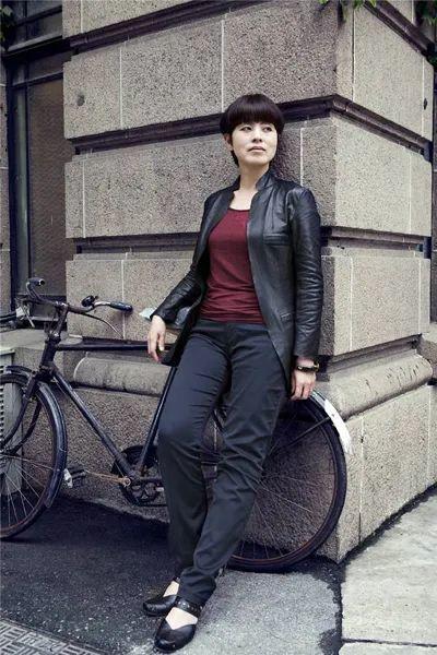 当代女性画家(刘虹 阎萍 喻红 夏俊娜)代表画作插图53