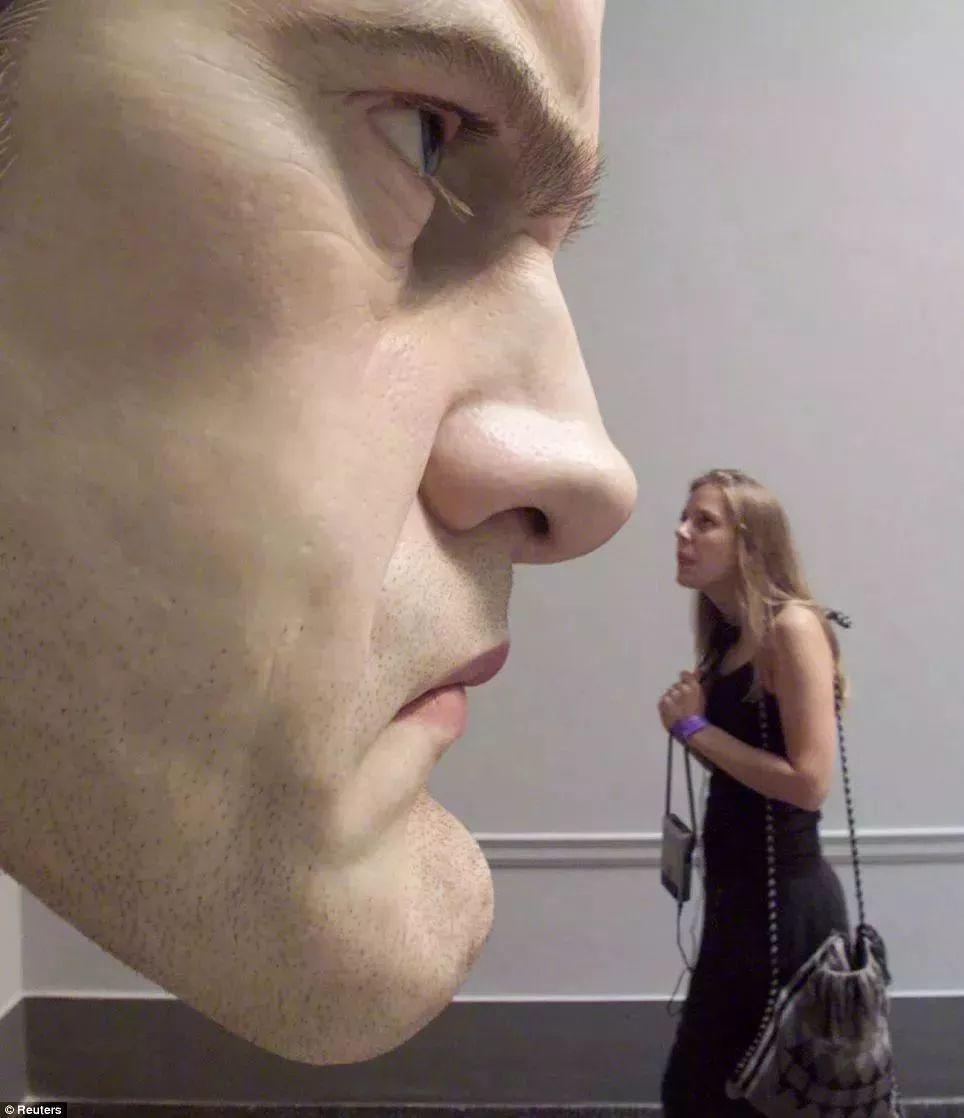 超震撼的人体雕塑,真实到毛骨悚然!插图5