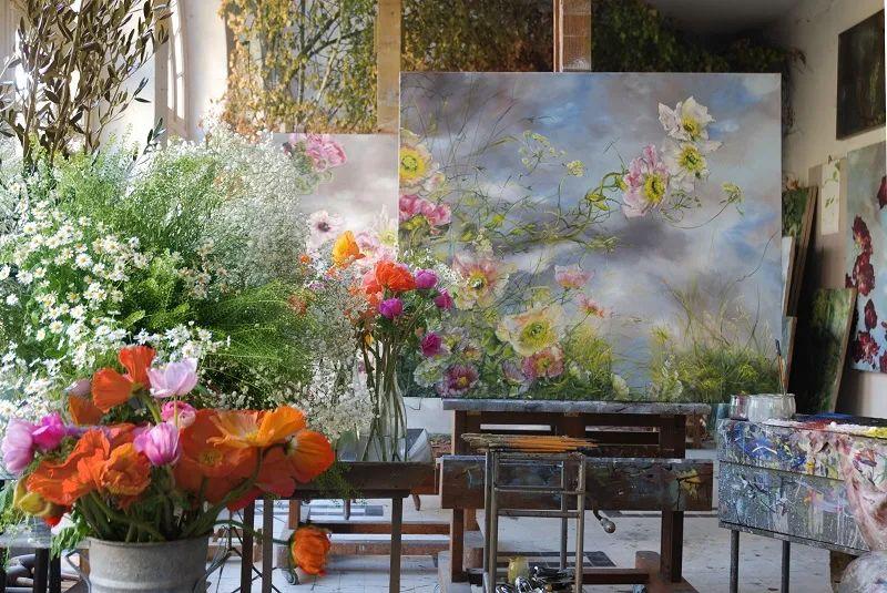 与花为邻,与草木为伍,她的画室充满大自然的灵气插图7