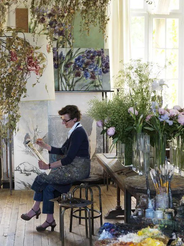 与花为邻,与草木为伍,她的画室充满大自然的灵气插图29