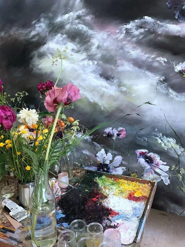 与花为邻,与草木为伍,她的画室充满大自然的灵气插图33