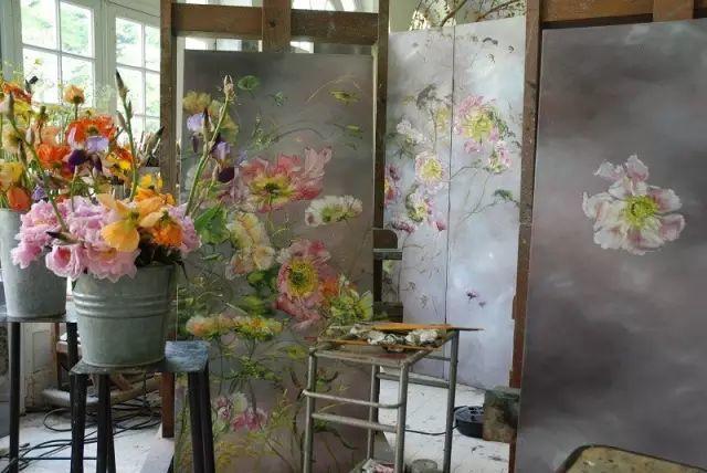 与花为邻,与草木为伍,她的画室充满大自然的灵气插图35