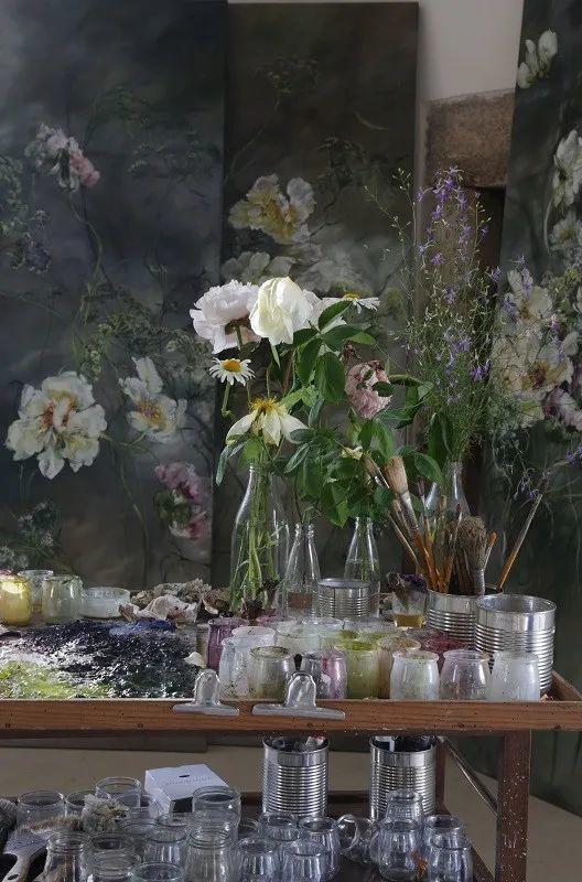 与花为邻,与草木为伍,她的画室充满大自然的灵气插图49