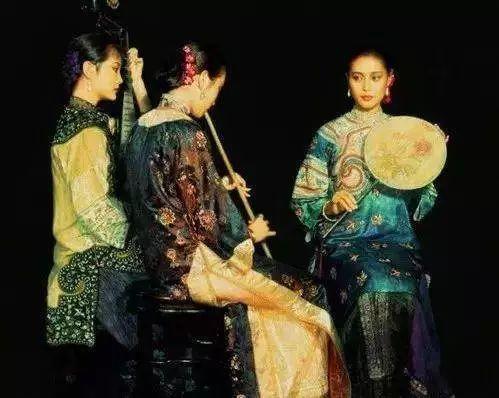 中外油画大师们笔下的女神,气质迷人!插图61