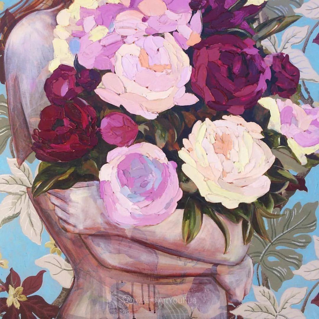 拥抱鲜花的女子,澳大利亚艺术家杰西卡·沃茨插图7
