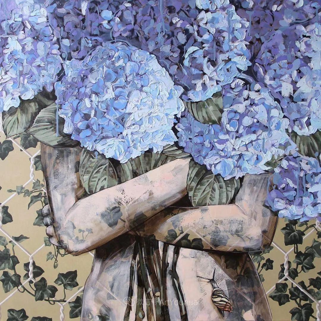 拥抱鲜花的女子,澳大利亚艺术家杰西卡·沃茨插图15