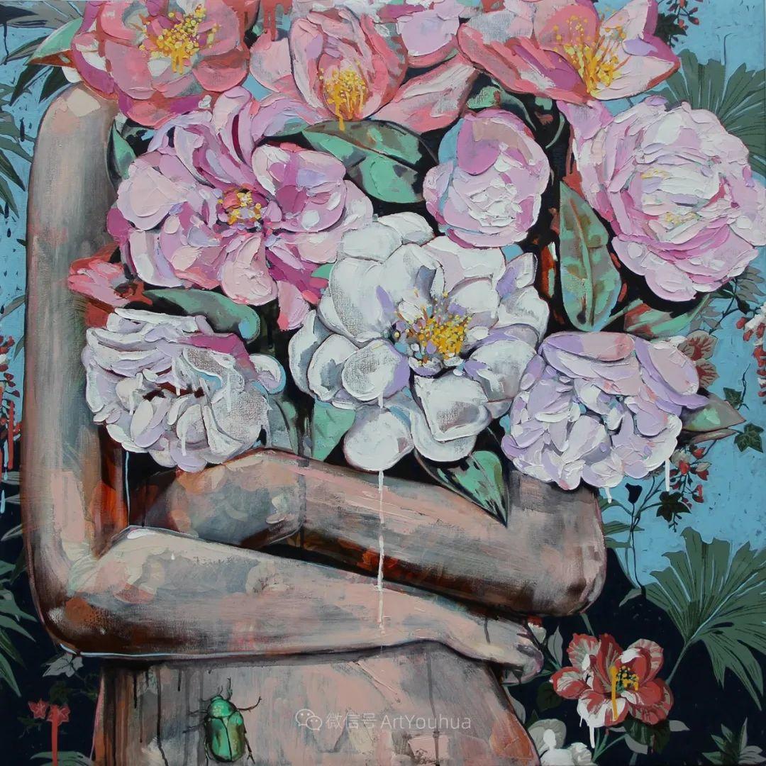 拥抱鲜花的女子,澳大利亚艺术家杰西卡·沃茨插图17