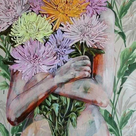 拥抱鲜花的女子,澳大利亚艺术家杰西卡·沃茨插图22