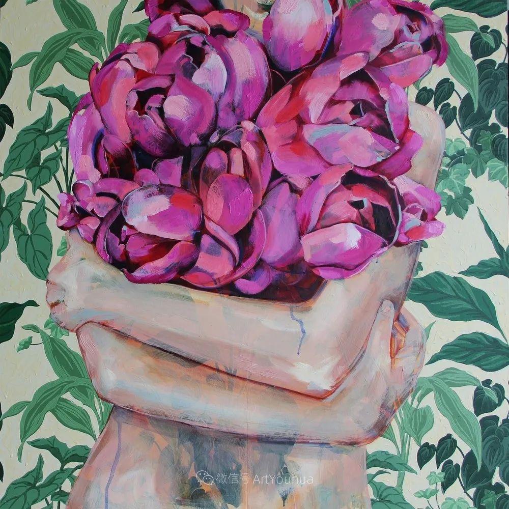 拥抱鲜花的女子,澳大利亚艺术家杰西卡·沃茨插图35
