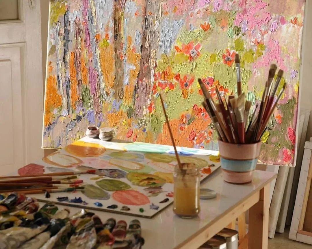 她的油画作品色彩丰富,充满爱意插图11