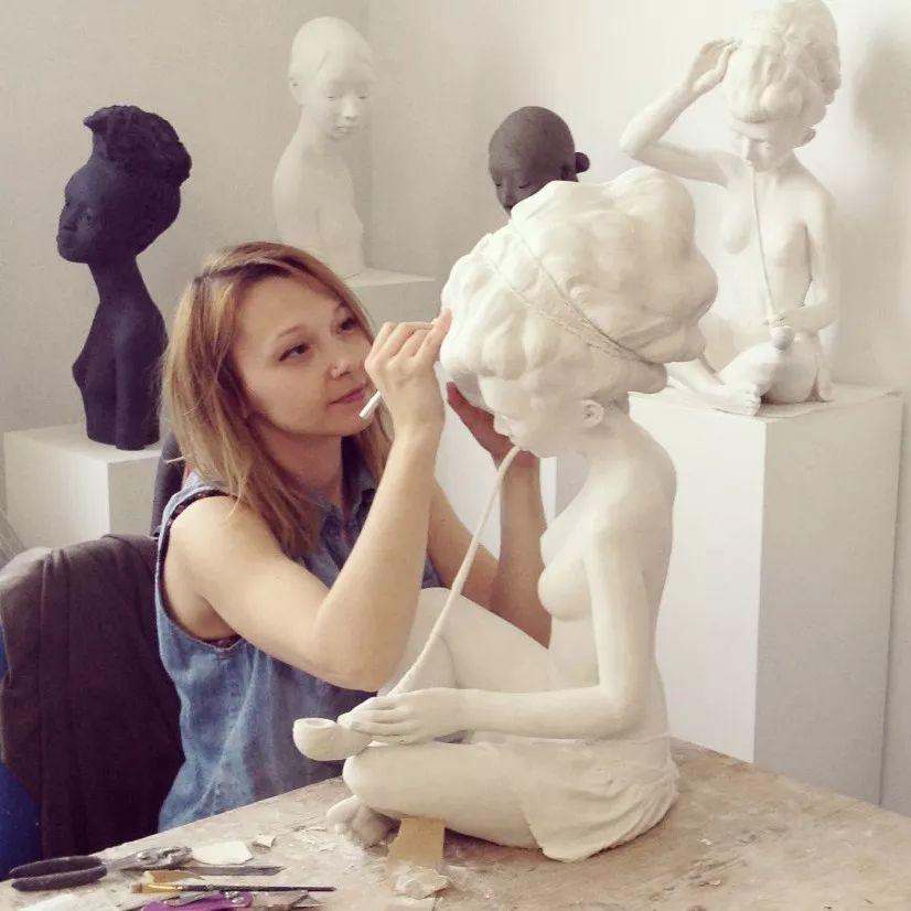 美女艺术家的雕塑,直抵天真、美丽和纯净的灵魂插图1