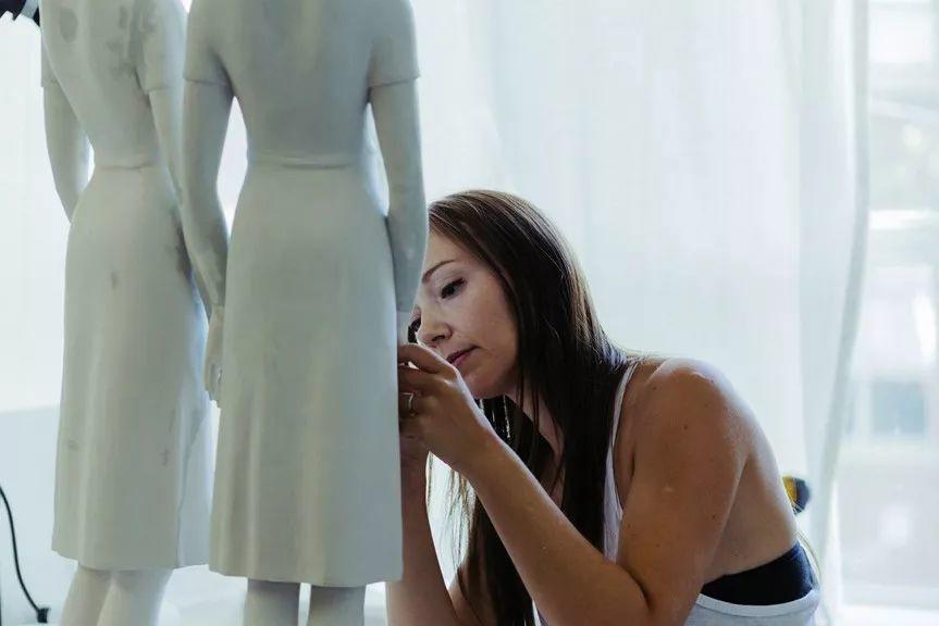 美女艺术家的雕塑,直抵天真、美丽和纯净的灵魂插图3