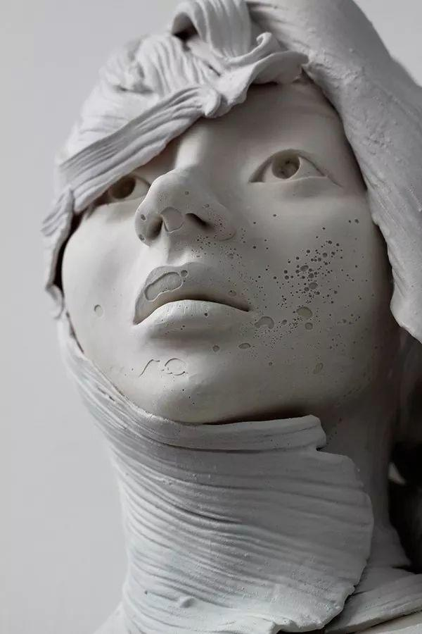 美女艺术家的雕塑,直抵天真、美丽和纯净的灵魂插图97