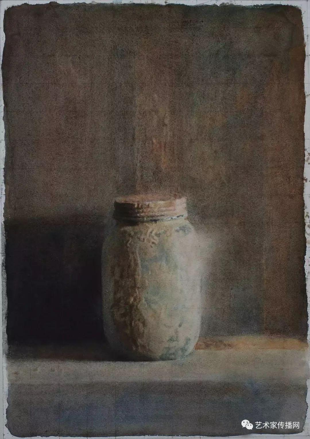 他只画老油灯空瓶子和女人体,却惊艳了整个画坛!插图1
