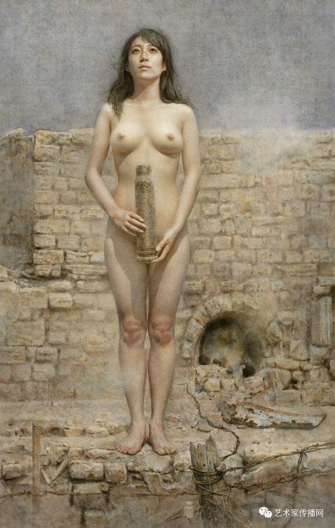 他只画老油灯空瓶子和女人体,却惊艳了整个画坛!插图59
