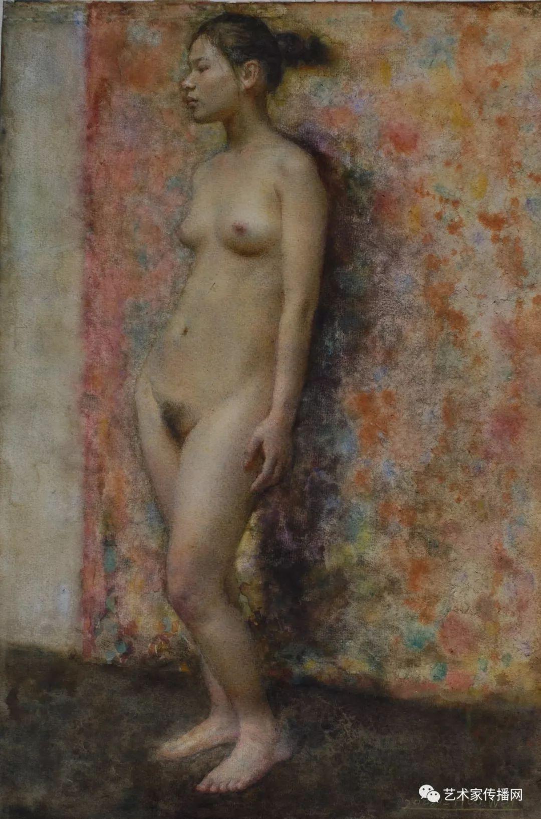 他只画老油灯空瓶子和女人体,却惊艳了整个画坛!插图189