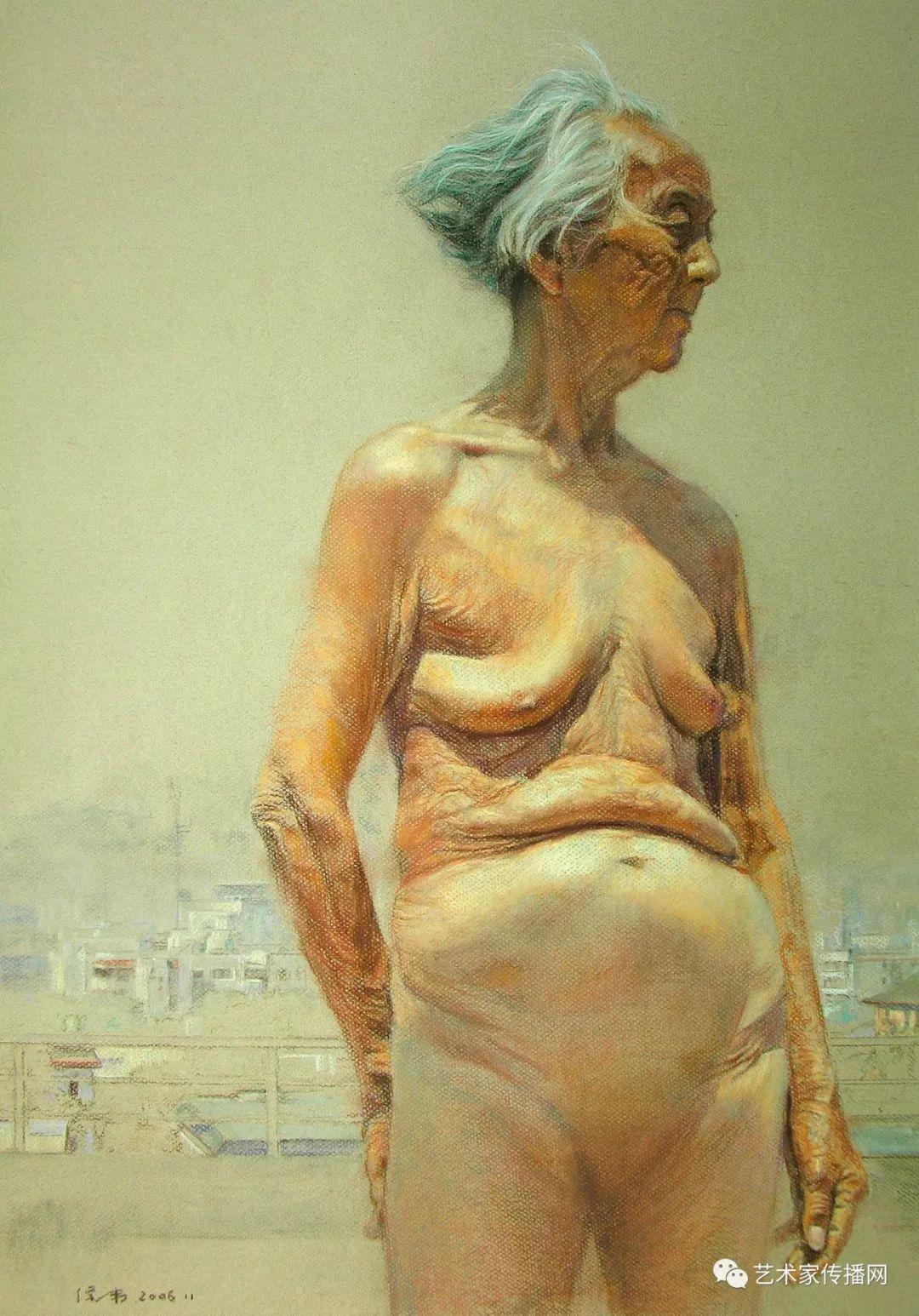 他只画老油灯空瓶子和女人体,却惊艳了整个画坛!插图193